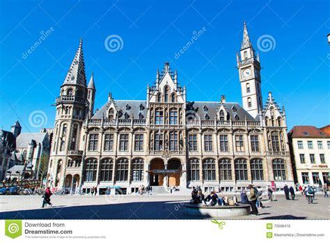 vieux b 226 timent de bureau de poste avec la tour d horloge gand belgique photo 233 ditorial image