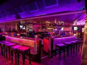Bar Mit Tanzfläche Berlin : bar mit urlaubsflair in der altstadt in d sseldorf mieten eventlocation und hochzeitslocation ~ Markanthonyermac.com Haus und Dekorationen