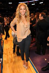 2011 - The Style Evolution of Beyonce Knowles - Livingly