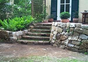 Gartengestaltung Böschung Gestalten : terrassenbau in berlin terrasse anlegen und bepflanzen terrassenbegr nung sichtschutz ~ Markanthonyermac.com Haus und Dekorationen