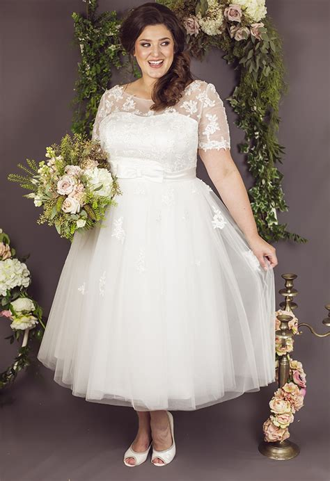 20 Pretty Tea Length Wedding Dresses For 2018 Brides. Blue Wedding Dresses Melbourne. Modest Wedding Dresses St George Utah. Vintage Style Wedding Dresses San Francisco. Bling Corset Wedding Dresses For Sale. Winter Day Wedding Guest Dresses. Off The Shoulder Wedding Dress Trend. Gold Wedding Dresses 2016. Cheap Wedding Dresses Seattle