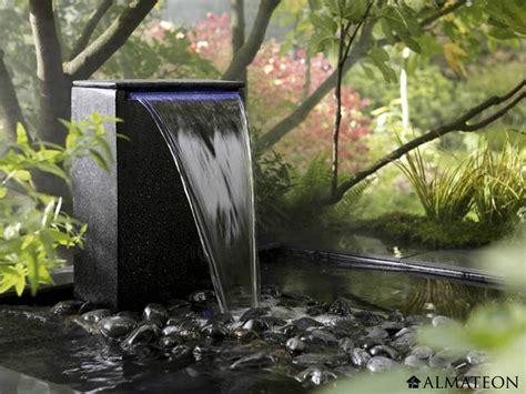 les fontaines d ext 233 rieur l atout charme de votre jardin maison et d 233 coration