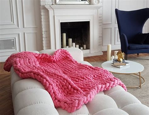 Chunky Knit Blankets, Big Yarn Blanket And Chunky Chunky Knitted Blankets Throws Instructions On How To Make A Tie Blanket Cheetah Print Electric Knitting Pattern Crochet Borders Baby With Hearts Simple Edging For Cribs