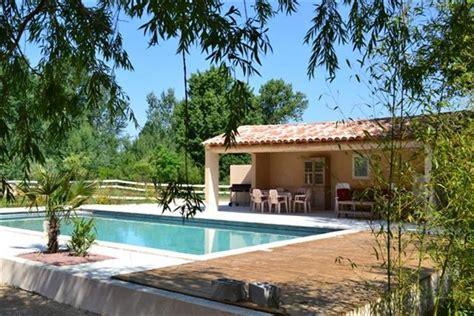 ventes oppede vaucluse 84 maison de 6 pieces 4 chambres a vendre terrain avec piscine et pool