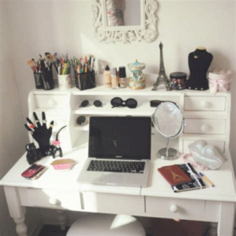 Vanity And Work Desk Combo by 183 Best Images About Vanity Storage Ideas On