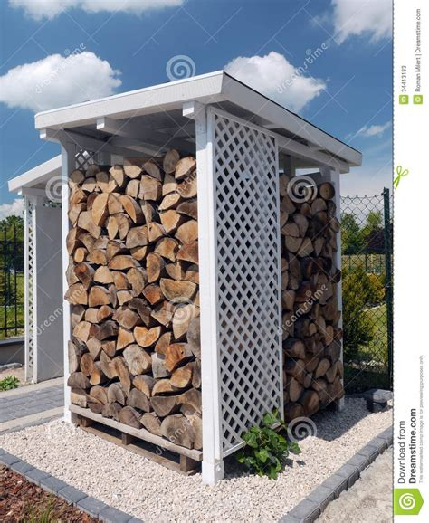 woodshed stock photos image 34413183