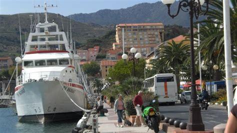appartement avec vue panoramique 224 la mer port vendres collioure 03796001 location et