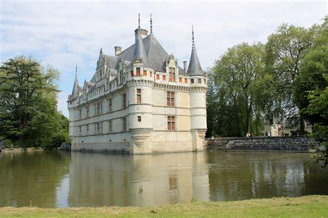 loire valley azay le rideau chateau travel initiative