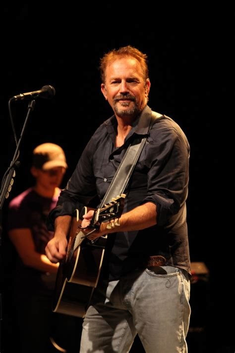 kevin costner photos photos kevin costner performs live
