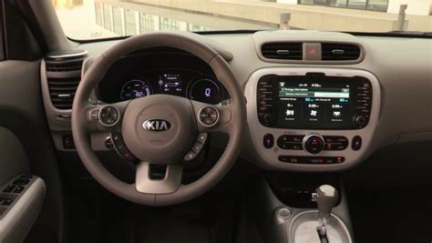 2018 kia soul ev to get range boost to keep pace report