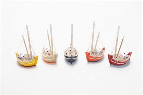 Small Toy Fishing Boats by Wooden Toy Boats Classic Toys For Modern Kids Oyma