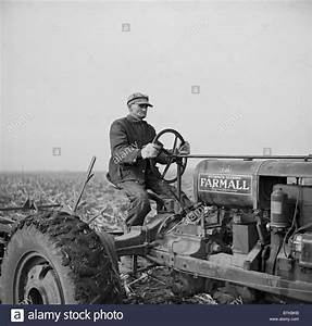 Farm Tractor Black and White Stock Photos & Images - Alamy