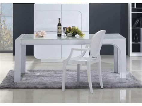 table 224 manger odessa mdf laqu 233 blanc prix 349 99 euros vente unique ventes pas cher