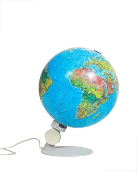 les 25 meilleures id 233 es concernant globe terrestre lumineux sur maison autour du