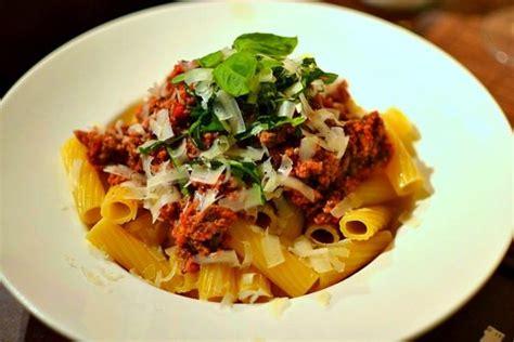 p 226 tes 224 la sauce bolognaise maison la v 233 ritable recette italienne