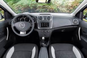 photo interieur dacia sandero stepway 2013