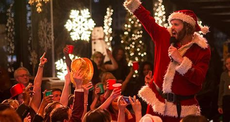 This Christmas Party Playlist Makes Sure Your Tree Isn't