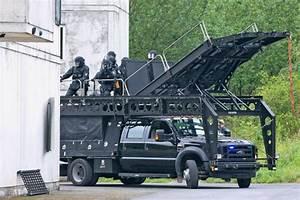 Ausbildung Bundespolizei Nrw : geheimer monster truck ford f 550 der elitepolizei ~ Markanthonyermac.com Haus und Dekorationen