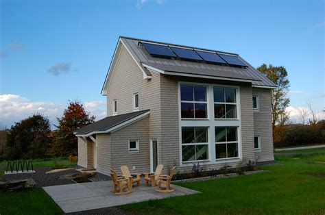 Passive House : The Unity College Terrahaus