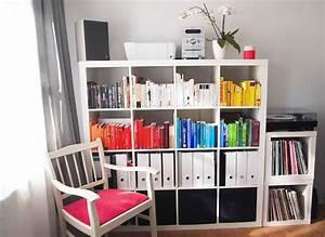 Bücher Nach Farben Sortieren : nach farben sortieren ~ Markanthonyermac.com Haus und Dekorationen