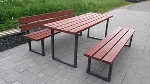Parkbank Mit Tisch : sitzgruppen mit tisch parkb nke und seniorenb nke stadtmobiliar fuchs parkbank parkbank ~ Markanthonyermac.com Haus und Dekorationen