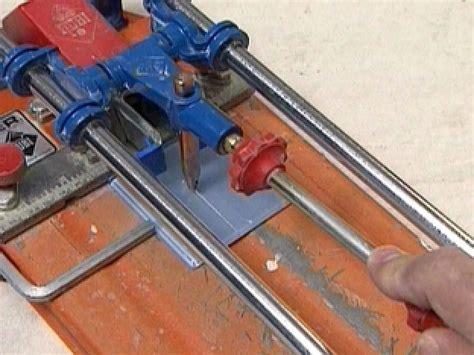 installing a glass tile backsplash in a kitchen how tos diy