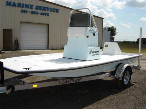 Catamaran For Sale In Texas by Chiquita Boat Freedom Boats Texas Shallow Water