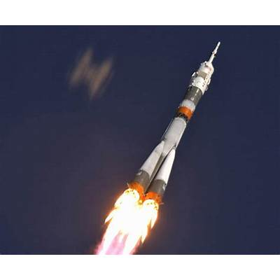 Russian Soyuz Space Ship (page 2) - Pics about space