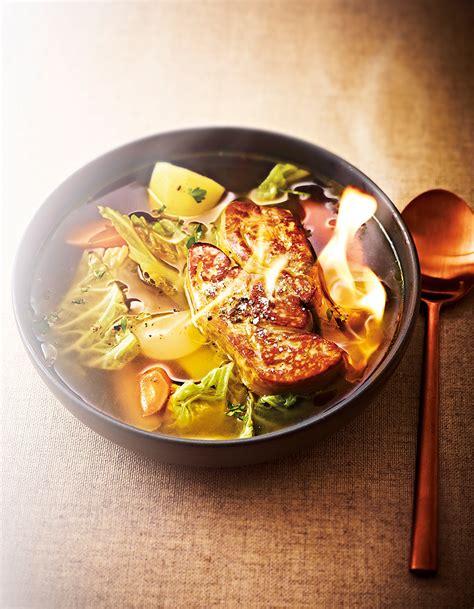 bouillon de pot au feu foie gras flamb 233 pour 6 personnes recettes
