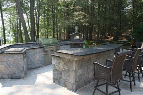 Design Perfect Outdoor Kitchen