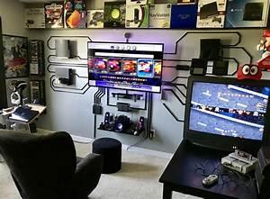 Gaming Zimmer Ideen : best 25 gaming setup ideas on pinterest pc gaming setup gaming computer desk and computer setup ~ Markanthonyermac.com Haus und Dekorationen