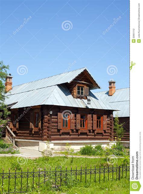 la maison en bois dans le style rural photographie stock image 32661112