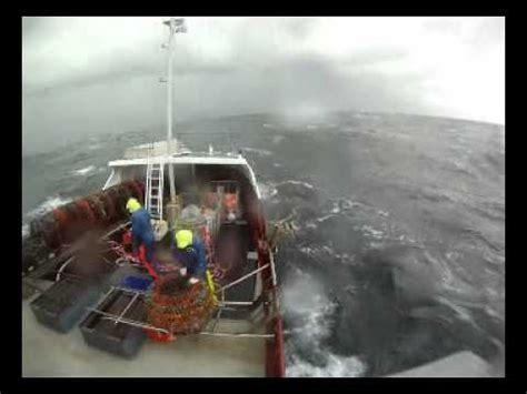 Sw Boat Video by Sw Tasmania Cray Fishing 2011 Youtube
