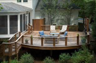 deck railing designs that mix looks and function