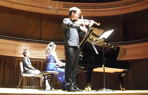 Alexander Sitkovetsky And Wu Qian / Violin And