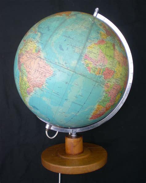 globe terrestre lumineux ancien politiska jordglob avec meridien gradu 233