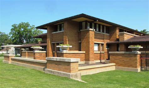 The Most Famous Designs Of Frank Lloyd Wright