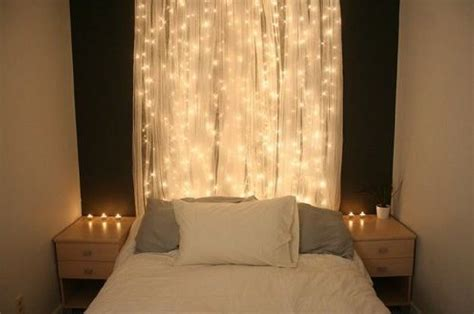 30 Christmas Bedroom Decorations Ideas