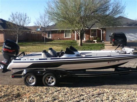 Skeeter Bass Boat Youtube by 95 Best Boats Boating Images On Pinterest Bass Boat