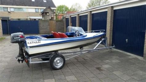 Boot Met Trailer En Motor speedboot met trailer motor advertentie 487610