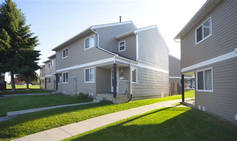 3 bedrooms edmonton east townhouse for rent ad id