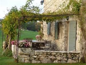 Gartenhaus Englischer Stil : mediterran mediterraner garten gartengestaltung steinmauer haus garten mediterraner stil ~ Markanthonyermac.com Haus und Dekorationen