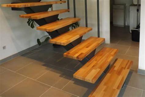 exemple d escalier tournant bois m 233 tal avec marches en bois massif