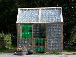 Kleines Gewächshaus Selber Bauen : kleines gew chshaus selber bauen mini treibhaus aus plastikflaschen ~ Markanthonyermac.com Haus und Dekorationen