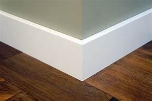 Fußleisten Weiß Holz : sockelleiste fu leiste leiste birke massiv 15x90 mm wei lackiert nach ral 9010 flooring ~ Markanthonyermac.com Haus und Dekorationen