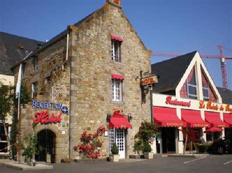 fachada picture of le relais du roy mont michel tripadvisor