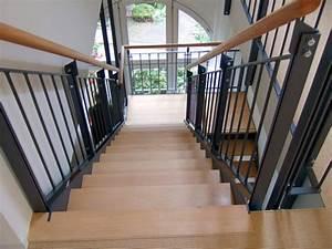 Halbgewendelte Treppe Mit Podest : treppen schreinerei blendl stuttgart ~ Markanthonyermac.com Haus und Dekorationen