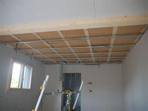 isolation phonique maison ossature bois stunning ite sous bardage ventil sur ossature bois
