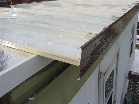 How To Put A New Roof On Mobile Home Roofing Tpo Img Does Home Insurance Cover Flat Roof Leaks Red Inn Louisville Expo Airport Ky 40213 Usa How To Get Rid Of Wasp Nest In Eaves Concrete Tiles Manufacturers Philippines Austin Texas South Ladder Clay Hartman Roofing Midland Tx Install Metal On Gambrel Shed