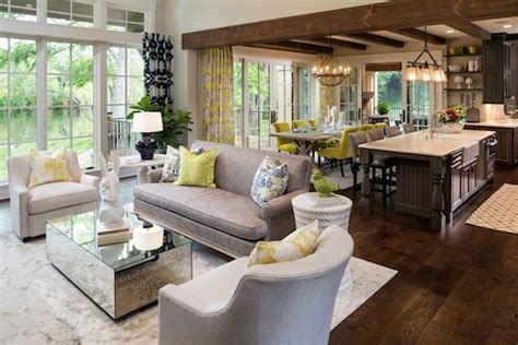 Home Staging Tips To Avoid Before Buyers Come  Ihouseweb Blog. Home Design Styles. Custom Stone Interiors. Front Door Window Coverings. Built In Tv Cabinet. Chrome Dining Chairs. House Of Forgings. Plantation Shutters Costco. How Much Is A Bathroom Remodel